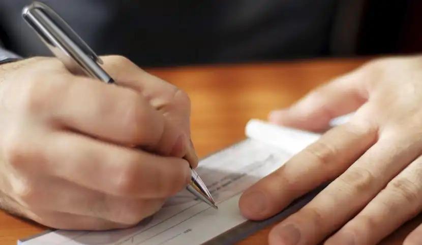 La revisione dell'assegno divorzile